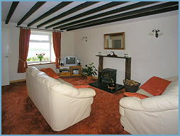 lounge of the cottage - idael for planning days out in snowdonia