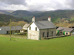 the holiday cottage showing the views of mountains of snowdonia